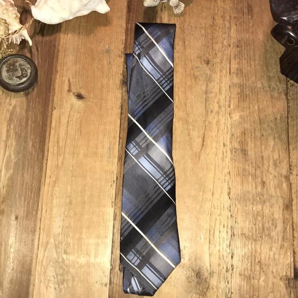 Van Heusen Other - Van Heusen blue grey 100% silk tie EUC